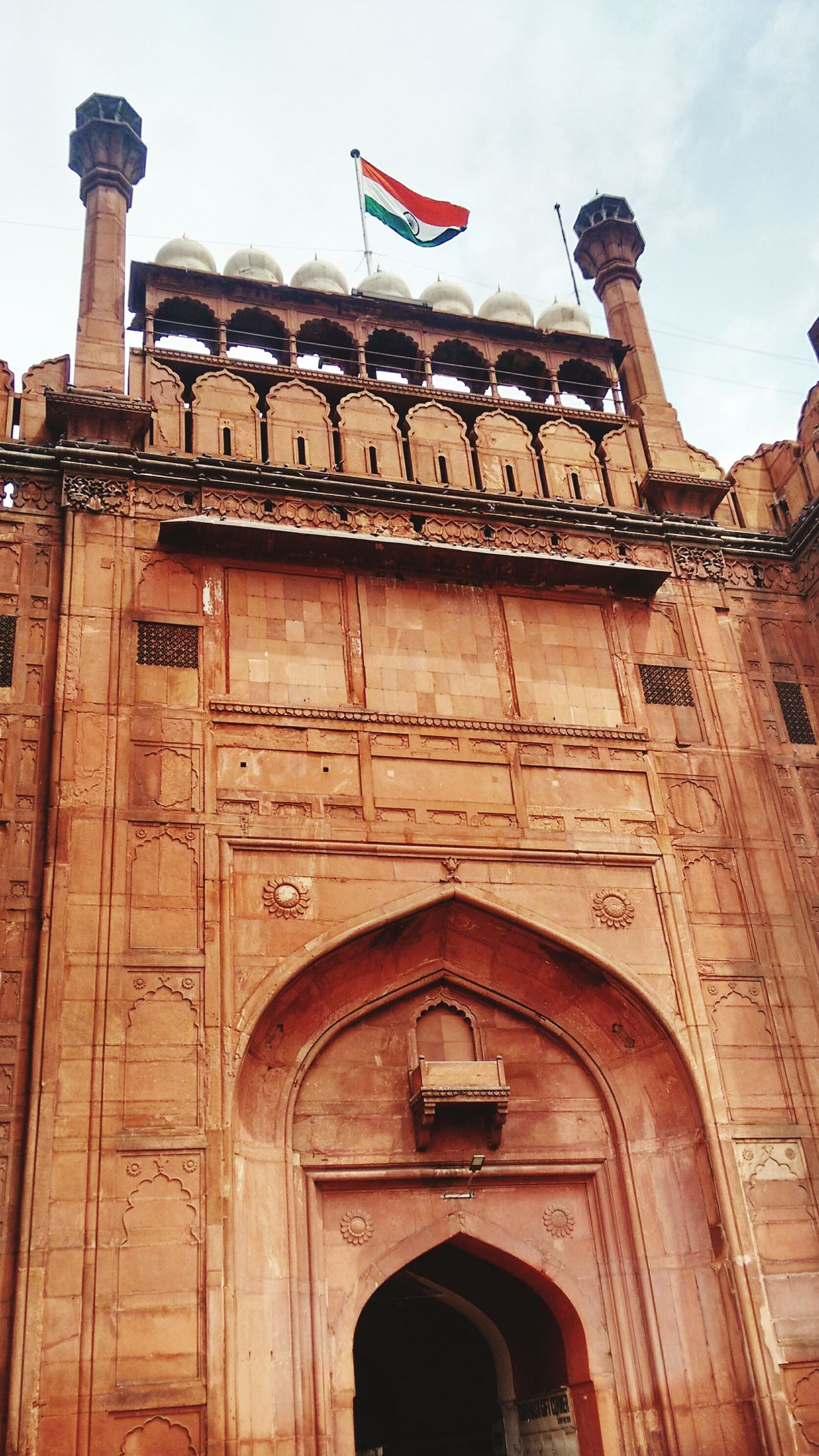 Sightseeing Historical Sights Chandnichowk Phone Camera Photography Redfort Indianflag