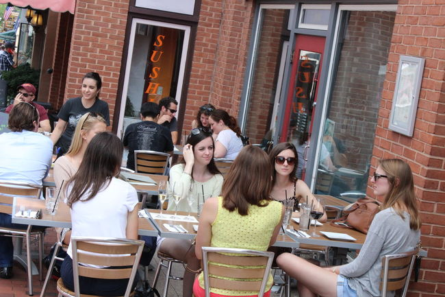"My version of ""Sex and the city"" The Street Photographer - 2015 EyeEm Awards EEA3-Annapolis EEA3 EyeEm Best Shots - Candid WJII Photography TwentySomething Mealtime"