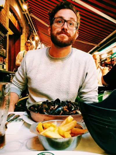 Chez Leon with sir Andi Having Friends Over :) Moules Frites