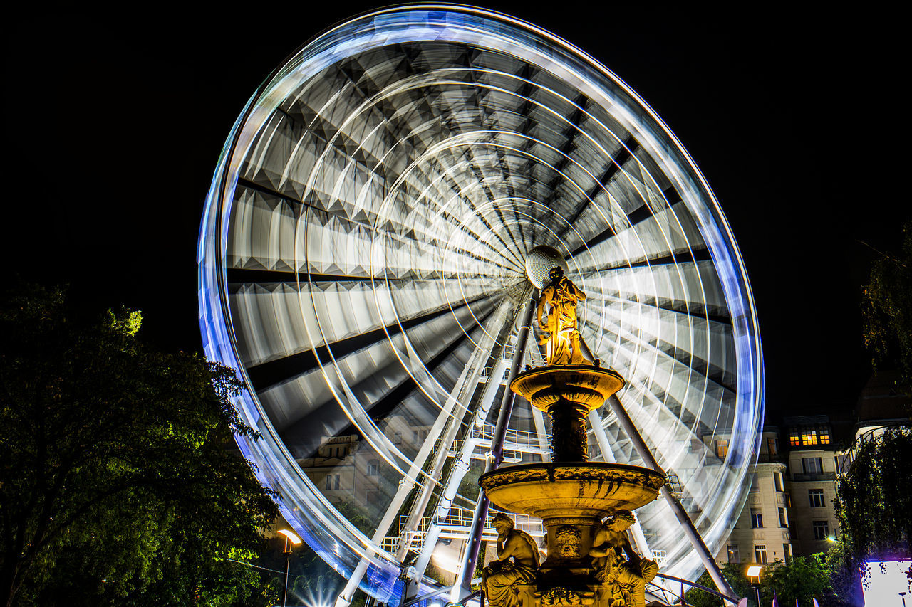 Architecture Budapest Circle City Famous Place Fountain Fountains Giant Wheel Illuminated Long Exposure Night Riccsi Well Turned Out Wheel