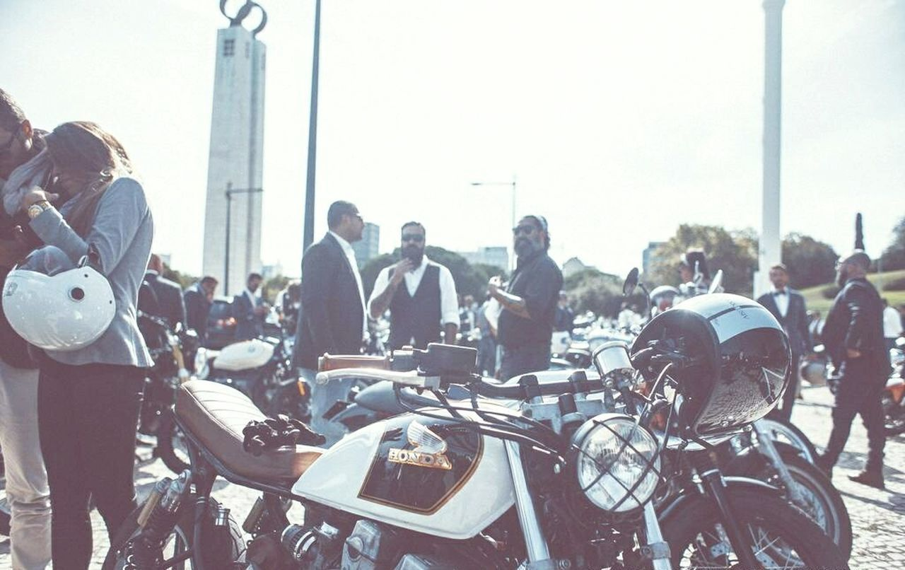 Caferacerculture Caferacersociety CafeRacerPortugal Caferacerworld Driving Speed Riding Motion Road Motorcycle City Street Street Caferacer Taking Pictures Taking Photos Lifestyles