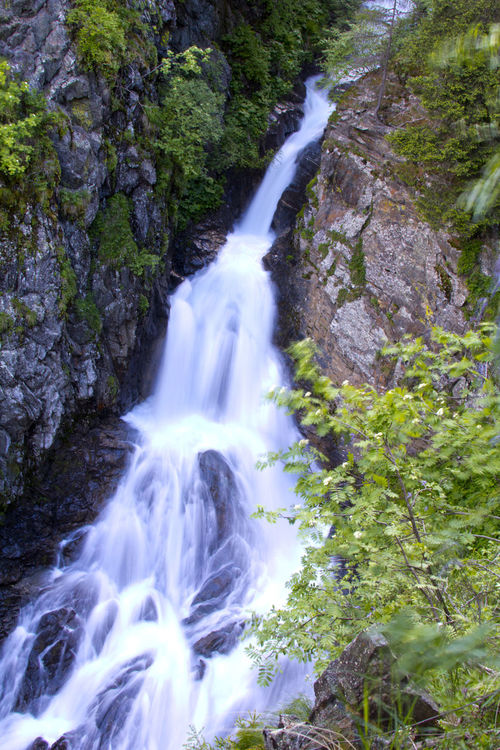 Beauty In Nature Exposure Flowing Flowing Water Forest Growth Lake Long Exposure Motion Physical Geography Power In Nature Reflection River Rock Rock - Object Speed Splashing Stream Water Waterfall Hiking