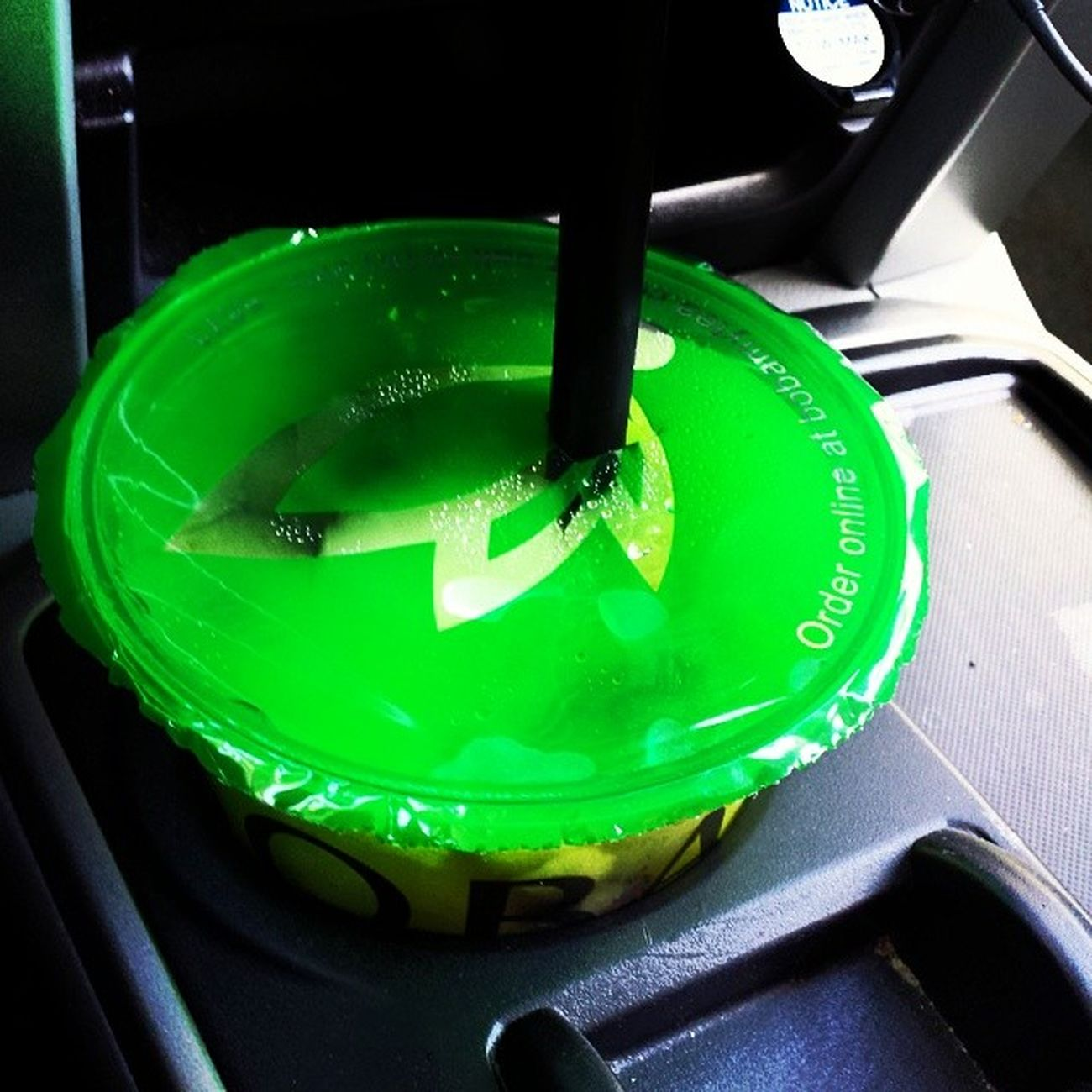 For those who have gone to Bobamytea knows how big their drinks are and woot ! it fits on my cup holder haha 😆 HotAF Weather