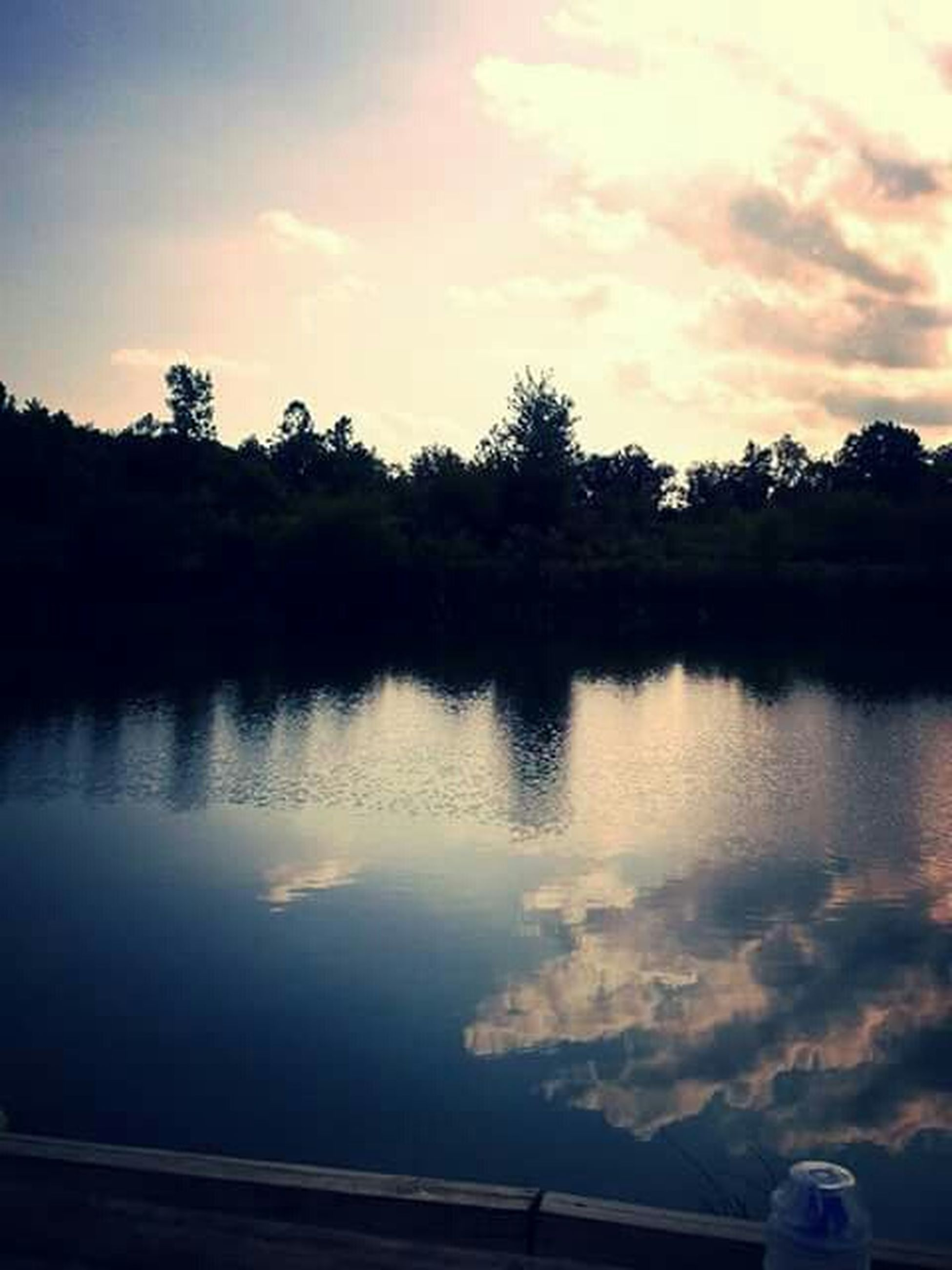 reflection, water, sunset, sky, tree, lake, silhouette, tranquil scene, tranquility, scenics, beauty in nature, cloud - sky, cloud, nature, waterfront, idyllic, outdoors, river, calm, dusk
