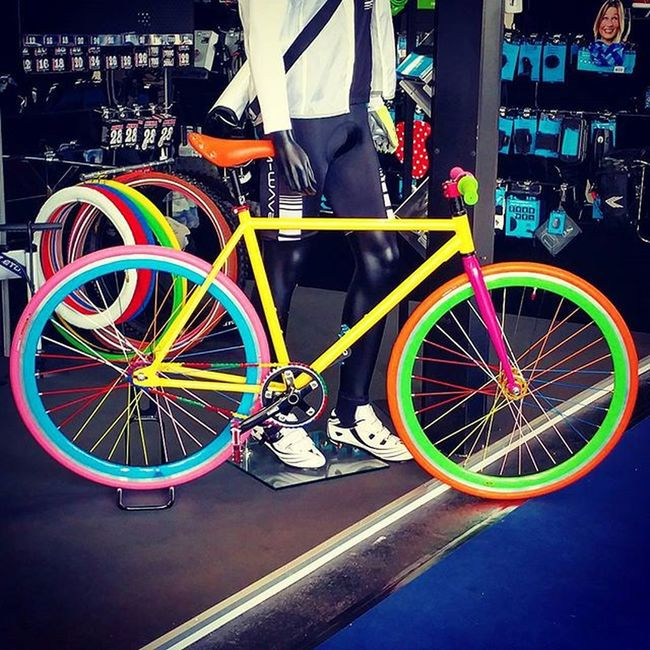 Colorful evening at Eurobike2015 ✌ Fahrrad Cycling Colors Färben Bikelove 😚 Picoftheday Instamood Biketouring Fun