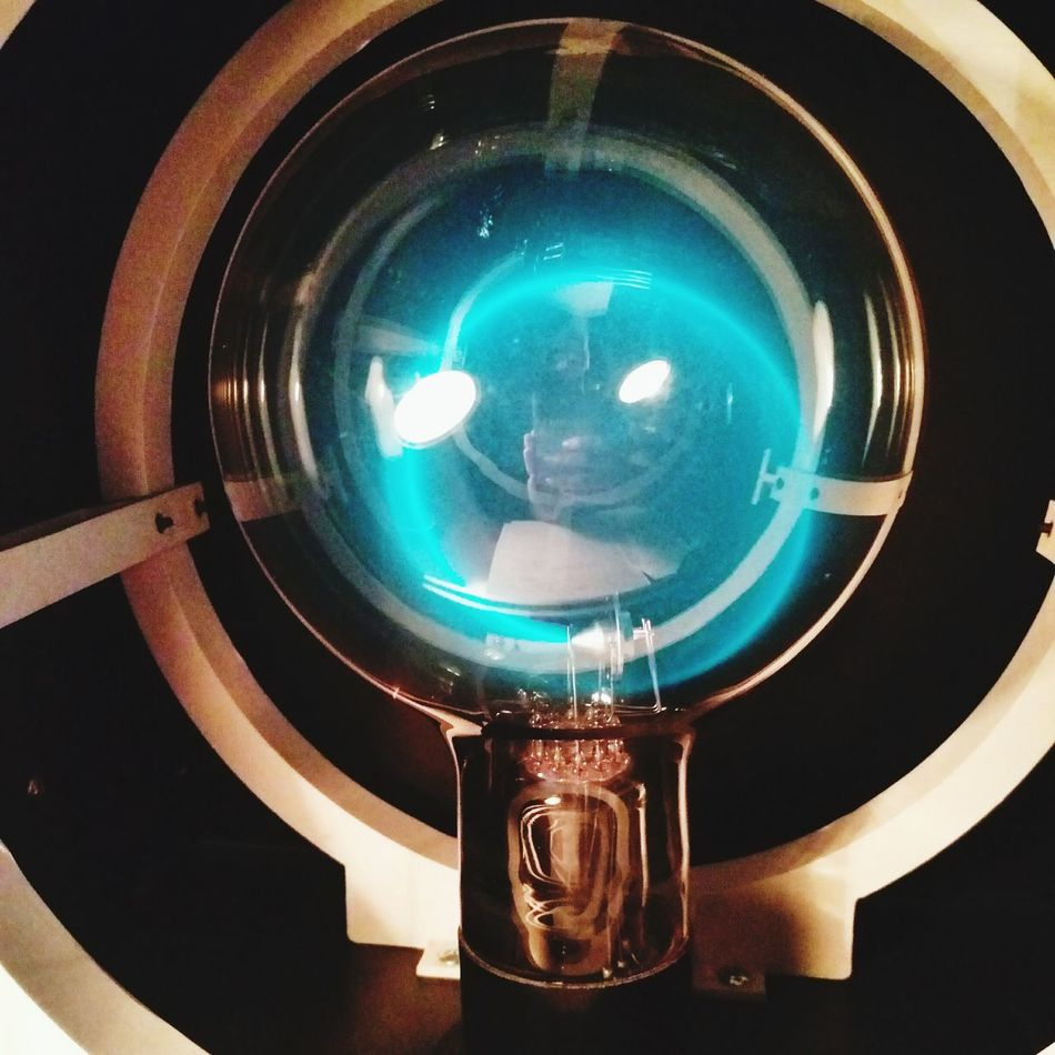 EyeEmNewHere Optical Instrument Technology Lens - Eye No People Indoors  Close-up Electron Physics Experiment