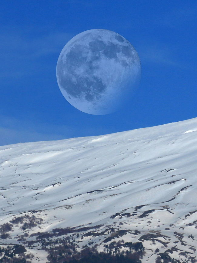 etna's moon Astronomia Beauty In Nature Etna Inverno Landscape Luna Outdoors Perspective Sicilia Tranquil Scene The Great Outdoors - 2016 EyeEm Awards