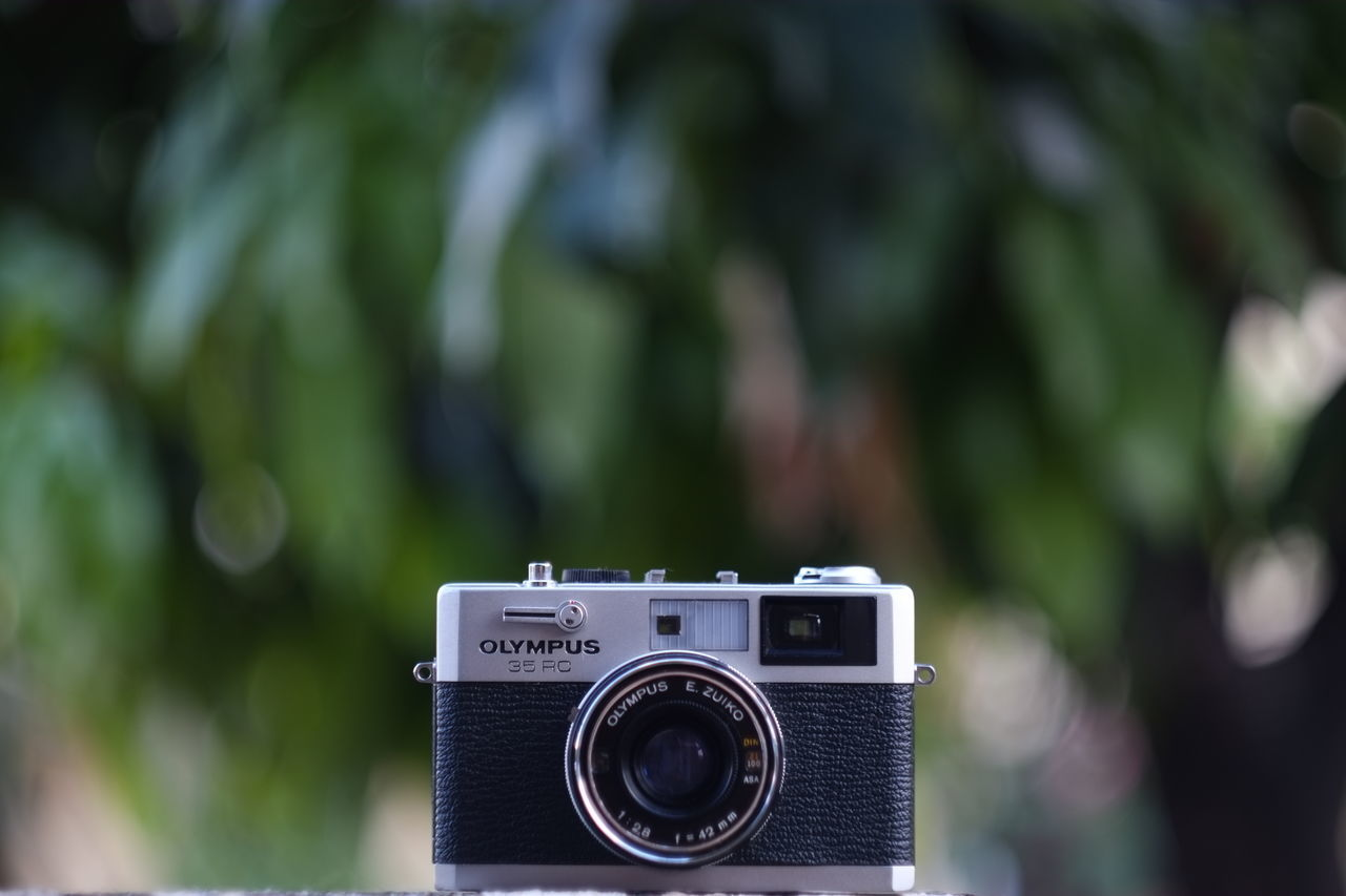 Focus On Foreground Photographic Equipment Photography Themes Rangefinder Camera Lieblingsteil Old-fashioned Camera Film Olympus 35 RC