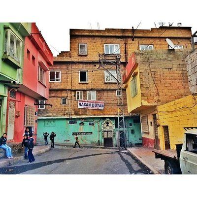 'Gaziantep arka mahalle' Gaziantep Igersgaziantep Sokak Street turkinstagram turkishfollowers bir_dakika aniyakala objektifimden instadaily igdaily ig_mood ig_photo instaphoto photooftheday picoftheday TagsForLikes ig_turkey instaturkey turkiye türkiye gf_turkey istanbul istanbuldayasam