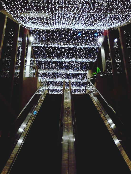 I just think this is breath taking because you just don't see things like these everyday, you know. Escalators Lights Night Lights Nightphotography Solitary Taking Photos Check This Out First Eyeem Photo Centurycitymall Makatiphilippines