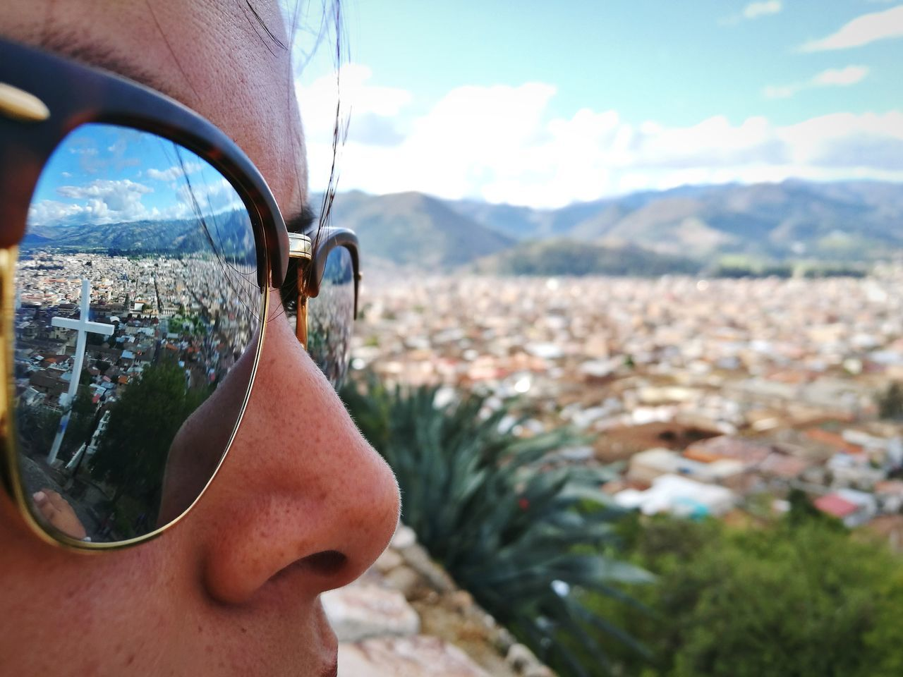 Watching Cajamarca, Perù Sunglasses Mountain Headshot Adult Adults Only People Mountain Range One Person Day Side View Mature Adult Landscape Portrait Outdoors Only Men One Man Only Vacations Men Adventure Close-up Leica Huawei P9 EyeEm Best Shots EyeEm Selects Fresh 3 Travel Destinations Let's Go. Together.