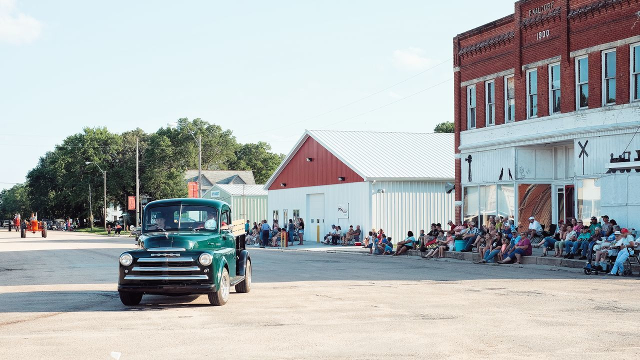 Parade 2016 Old Settlers Picnic Village of Western, Nebraska A Day In The Life Architecture Celebration Community Group Of People Land Vehicle Main Street USA Mode Of Transport Old Settlers Picnic Parade Photo Essay Road Rural America Small Town Life Small Town USA Storytelling Western Nebraska