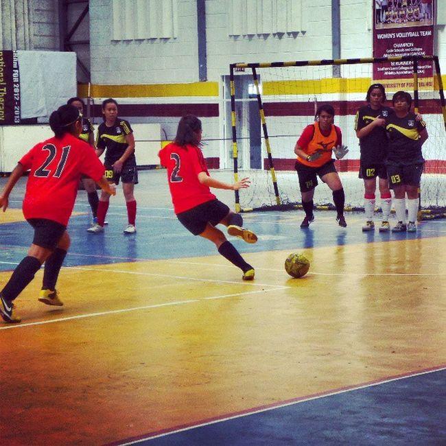 DAT BEND. Futsal MC MiriamCollege