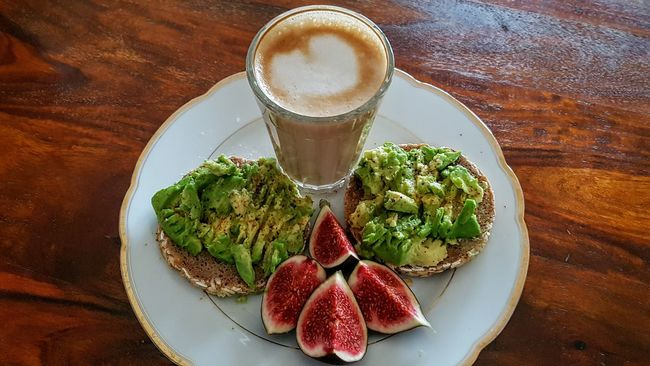 Food And Drink Healthy Eating Ready-to-eat Vegan Vegan Food Veganfood Food And Drink Healty Food Fruit Multi Colored Coffee Breakfast In Bed Relaxation Avocado Pamper Routine Start The Day Start The Day With Breakfast