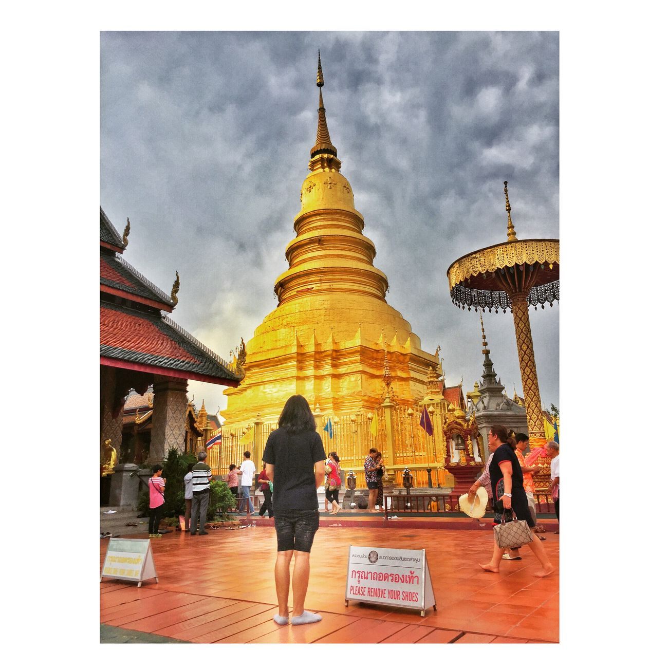 Travel Destinations Real People Gold Colored Religion Spirituality Architecture Pagoda Place Of Worship Built Structure Ancient Statue Sky Gold Building Exterior Men Day Outdoors