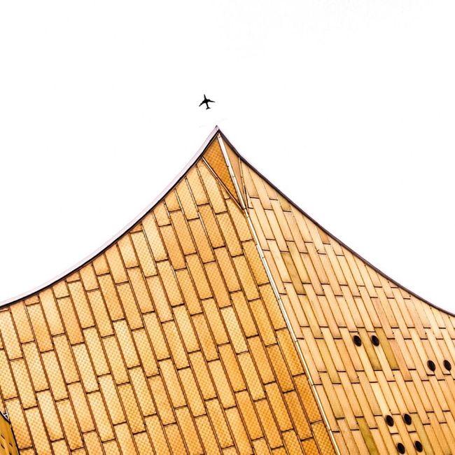 Berlin High Fly - wirh my DSLR - showing Berliner Philharmonie building The Architect - 2016 EyeEm Awards My Favorite Photo Minimalism EyeEm Best Edits Sky Minimalobsession Architecture ArchiTexture Architectural Detail Taking Photos Cinema In Your Life Tranquility Berlin