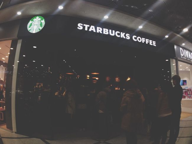 Starbucks Cafe Coffee Taking Photos