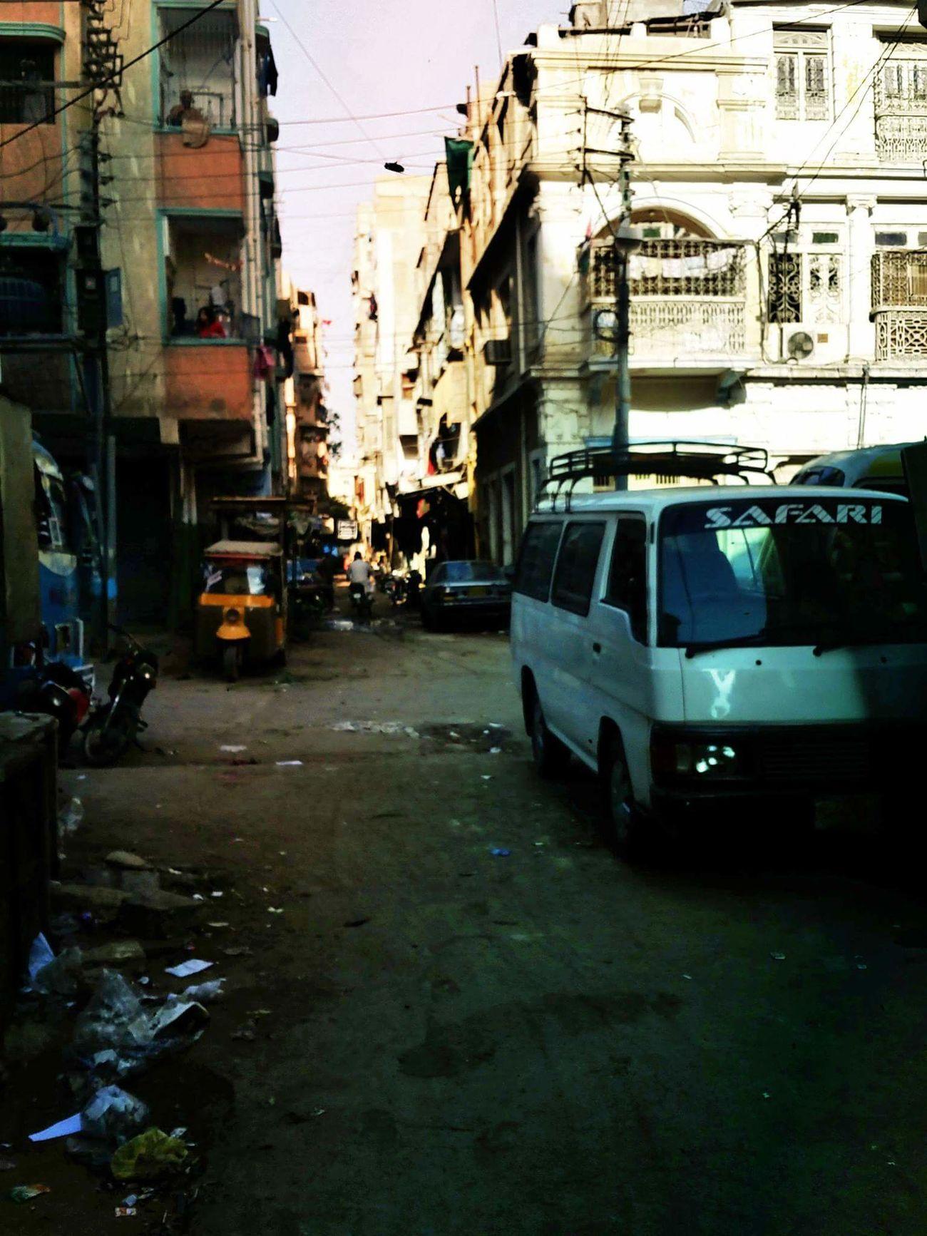 Karachi street.. Karachi Karachi Pakistan Streetphotography Street Photography My Kolachi