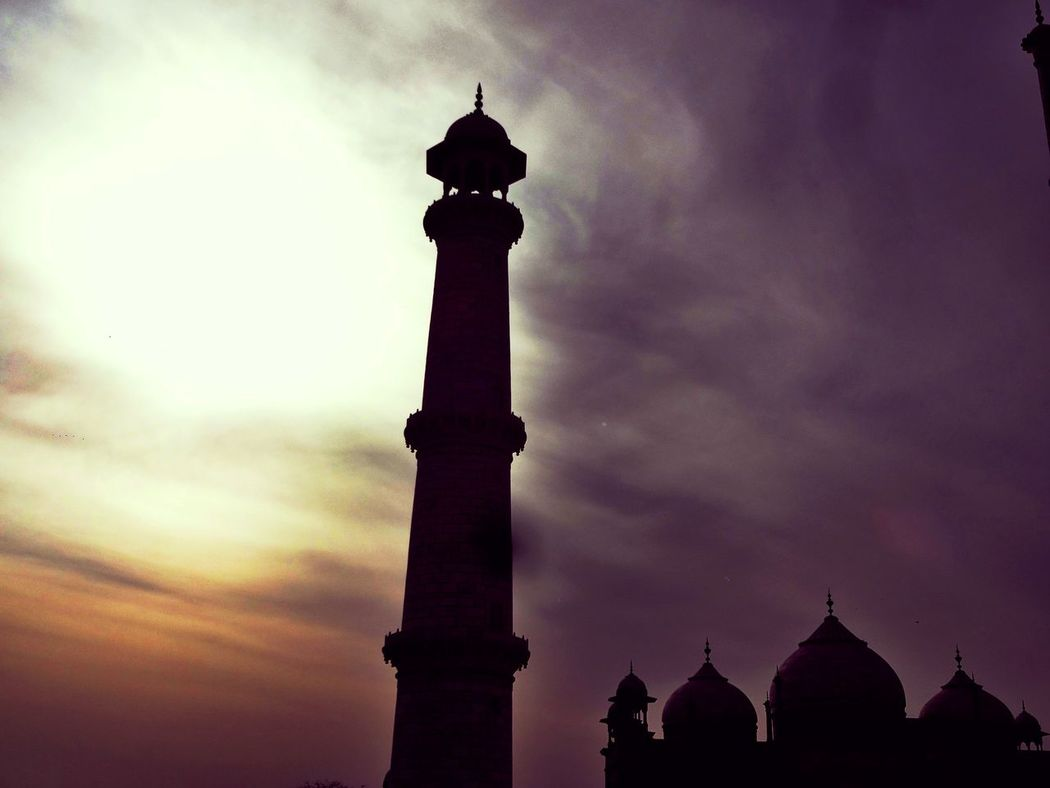Evenings are makes everything beautiful... Tajmahal India Tower Travel Destinations Silhouette Architecture City Sky Outdoors No People Day