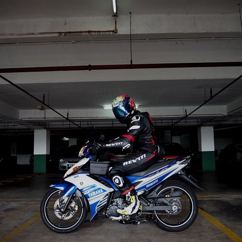 Snap A Stranger People Transportation Motorcycle Yamaha Arai Revit