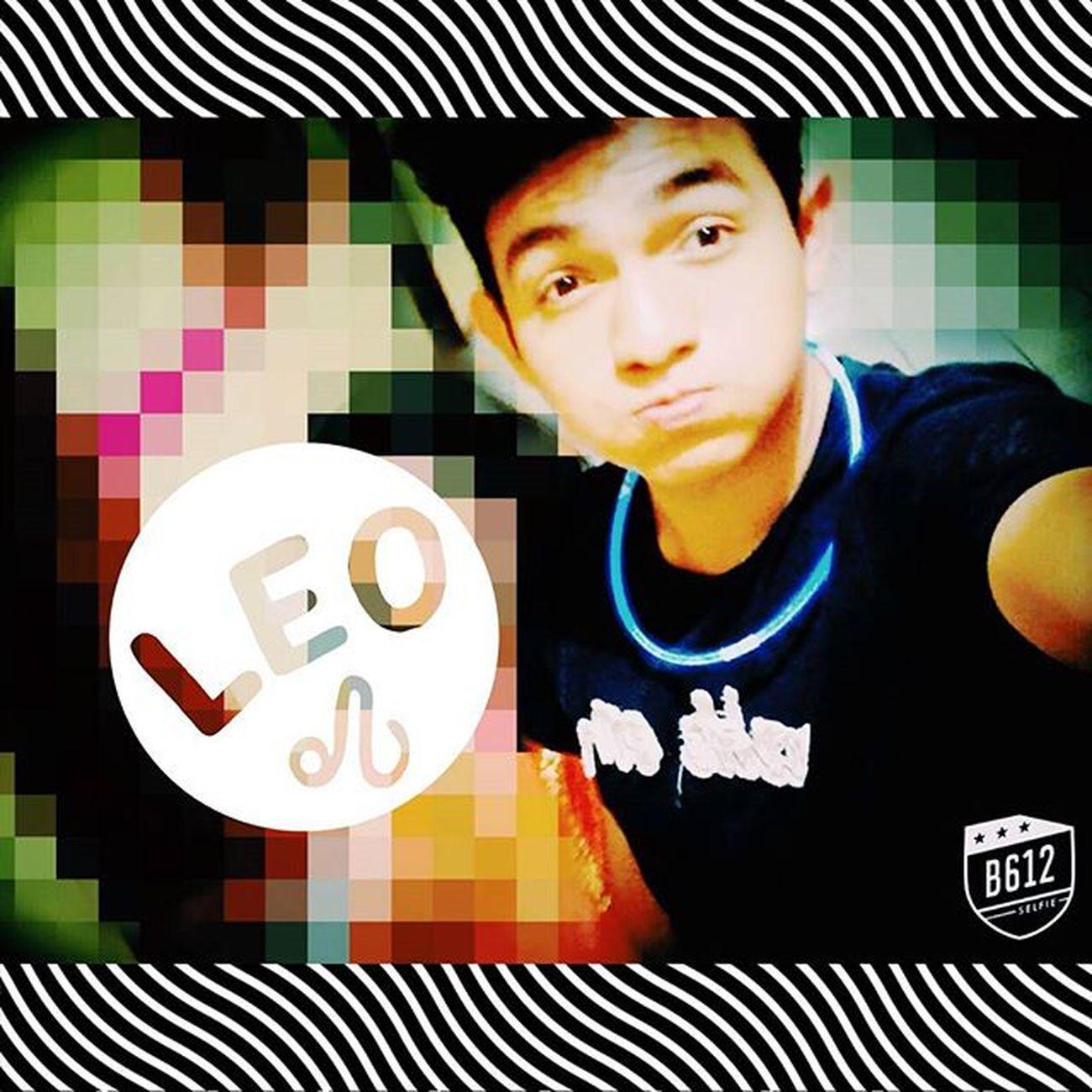 Holaaaa , hellooo Hahaha no tengo nada que hacer Holaaaa que hace ? Like Hahaha Alone Flojo