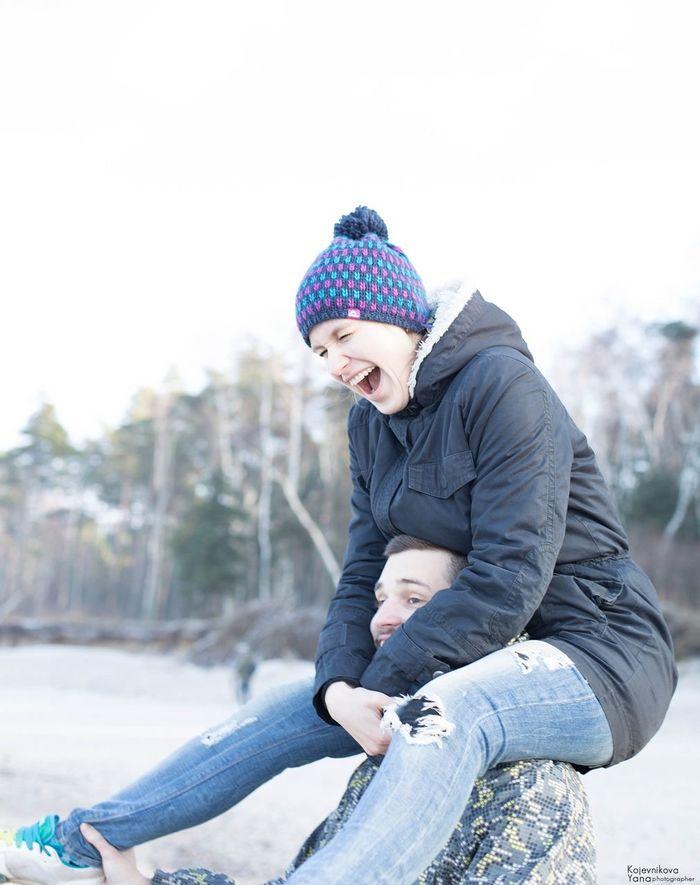 It's a good day 🌊😄🙏🏻 Hello World Love ♥ Love Story Enjoying Life Sea Beach Kaliningrad/kenigsberg My Best Photo 2015 Photosession EyeEm Best Edits EyeEm Best Shots Happy People Bestoftheday Winter Russia Portrait Of A Woman Beautiful Girl Portraits The Portraitist - 2015 EyeEm Awards Beautiful People Happiness