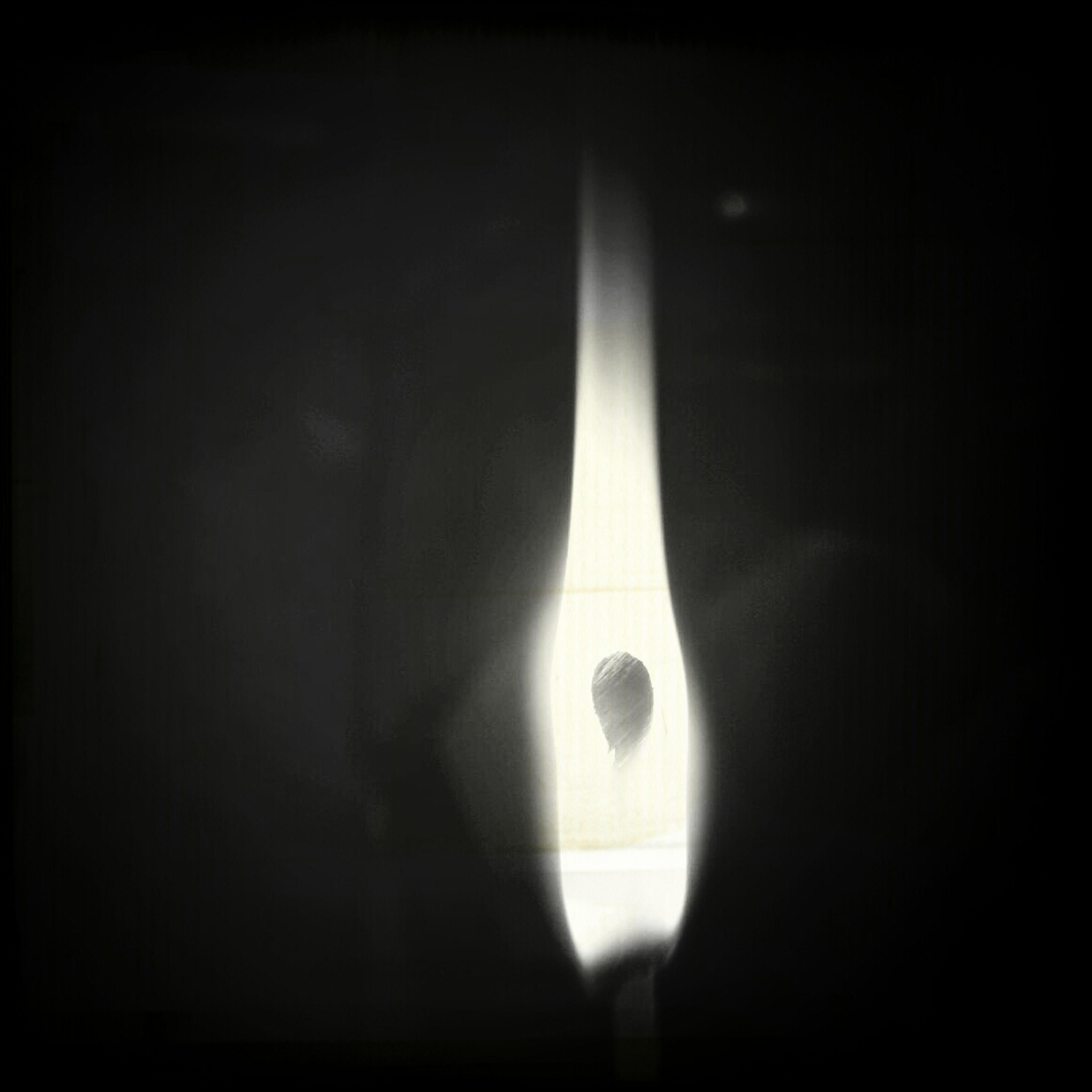 indoors, illuminated, lighting equipment, darkroom, dark, lit, glowing, electricity, electric lamp, light - natural phenomenon, electric light, lamp, ceiling, copy space, black background, candle, light bulb, studio shot, light, hanging