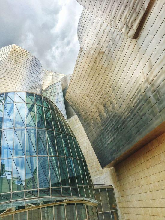 Bilbaoarchitecture BasqueCountry Guggenheim Guggenheim Bilbao Architecture_collection Architecture Modern Art Architectural Detail Gehry Modern Building SPAIN Art Gallery Building Building Exterior