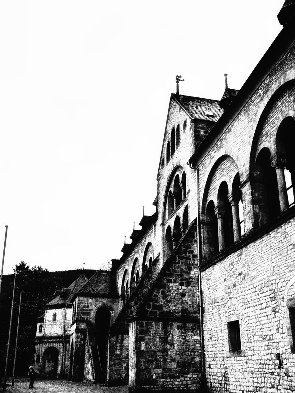 Built Structure Building Exterior Architecture Low Angle View Arch History Outdoors Sky Day No People Black & White Blackandwhite Photography Goslar Kaiserpfalz