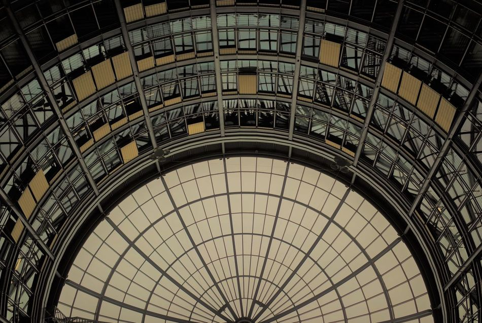 Architecture Built Structure City Day Indoors  Lookingup Low Angle View Modern No People Urban Geometry