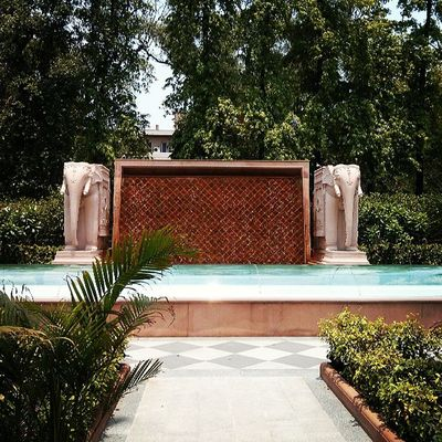 A royal welcome to India . Luxury Travel Delhi
