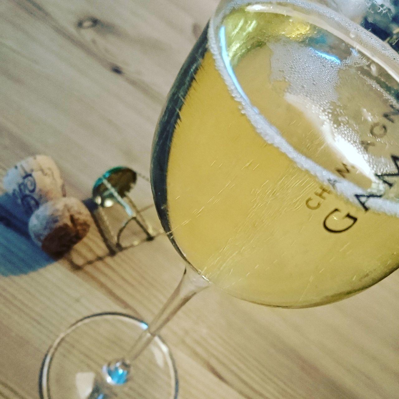 Enjoying bubbles Champagne Bubbles Temptation