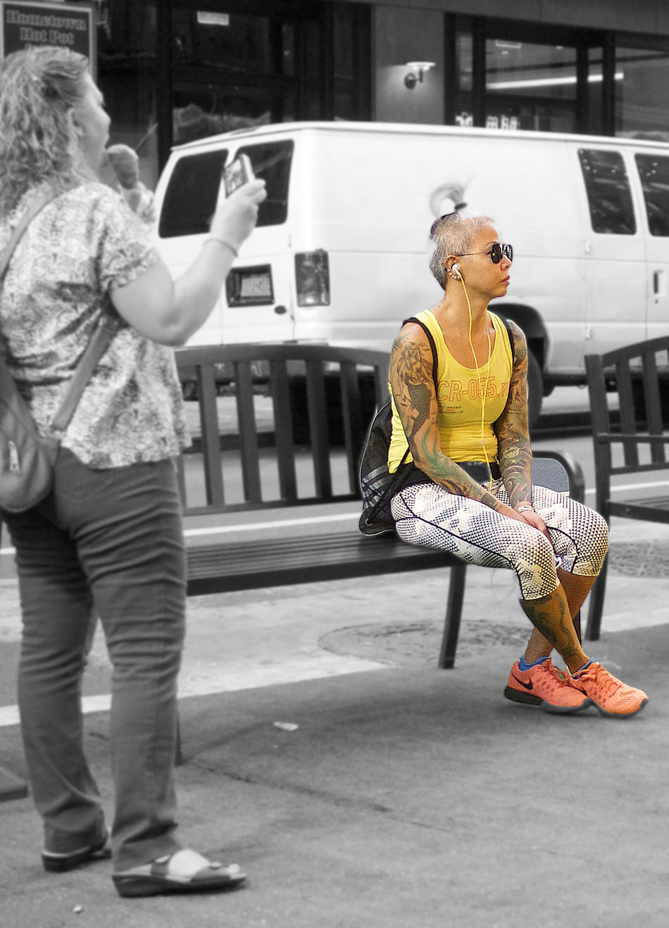 Chinatown Lifestyles NYC People Photographer Real People Spotcolor Street Photography Tatoo Young Women