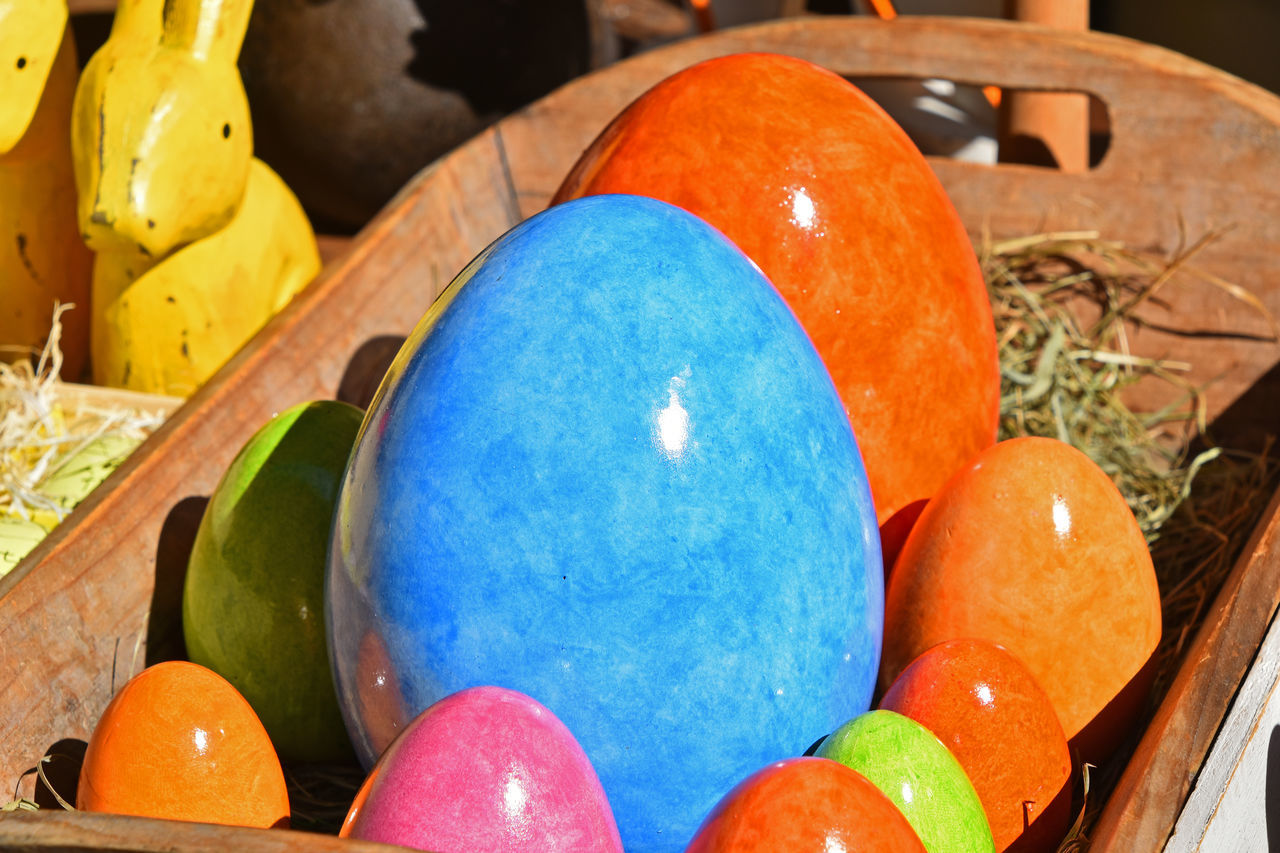 easter egg, multi colored, easter, egg, celebration, paint, no people, indoors, balloon, blue, day, egg carton, close-up, food