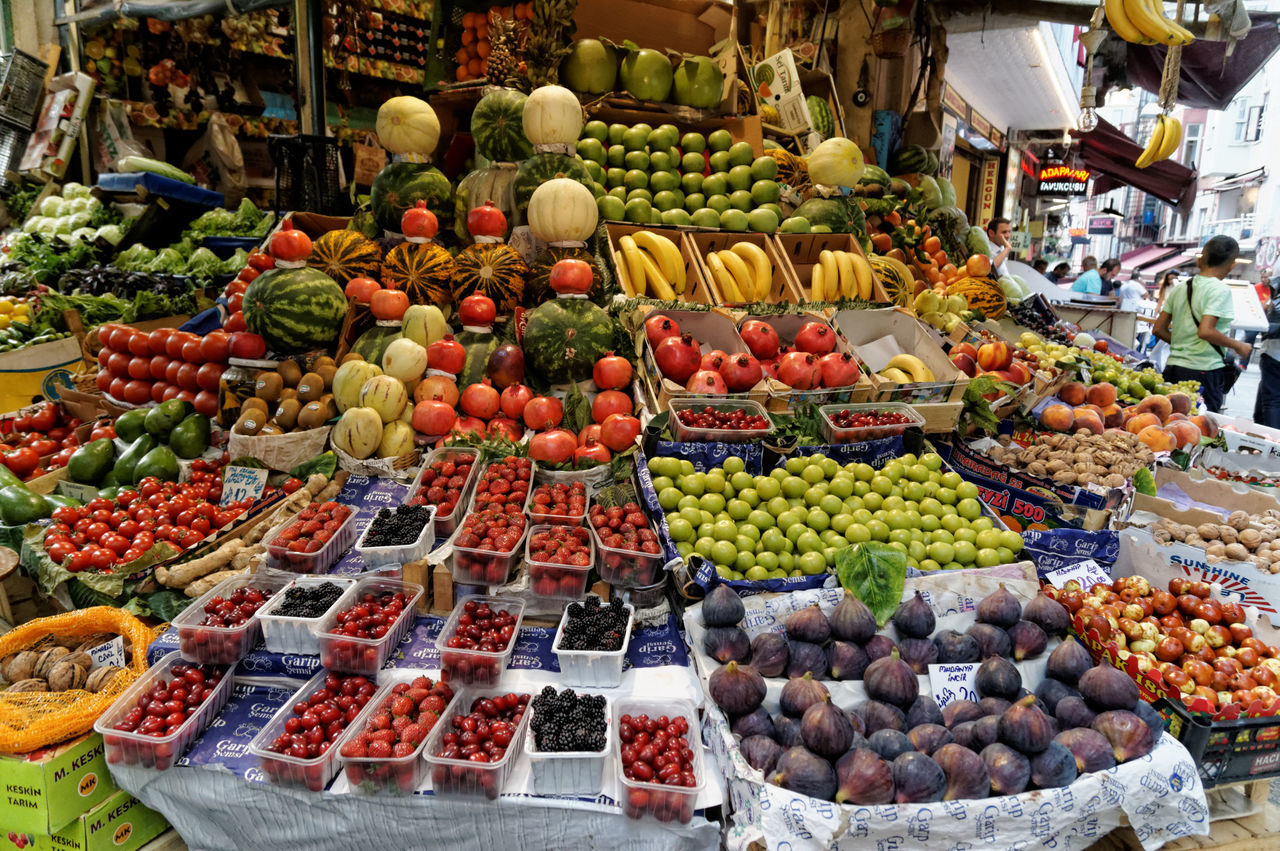 Abundance Arrangement Choice Day Food Food And Drink Food Stand For Sale Freshness Fruit Grape Healthy Eating Large Group Of Objects Market Market Stall Multi Colored No People Outdoors Price Tag Retail  Variation