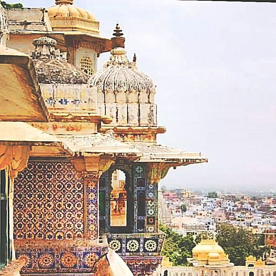 Jaipur Palace, India India Rajasthan Beautiful Buildings Travel Vibrant Vibrant Colors Architecture Aroundtheworld History Photography Traveling Tiles Palace Detail Craftsmanship  Artisian Exotic