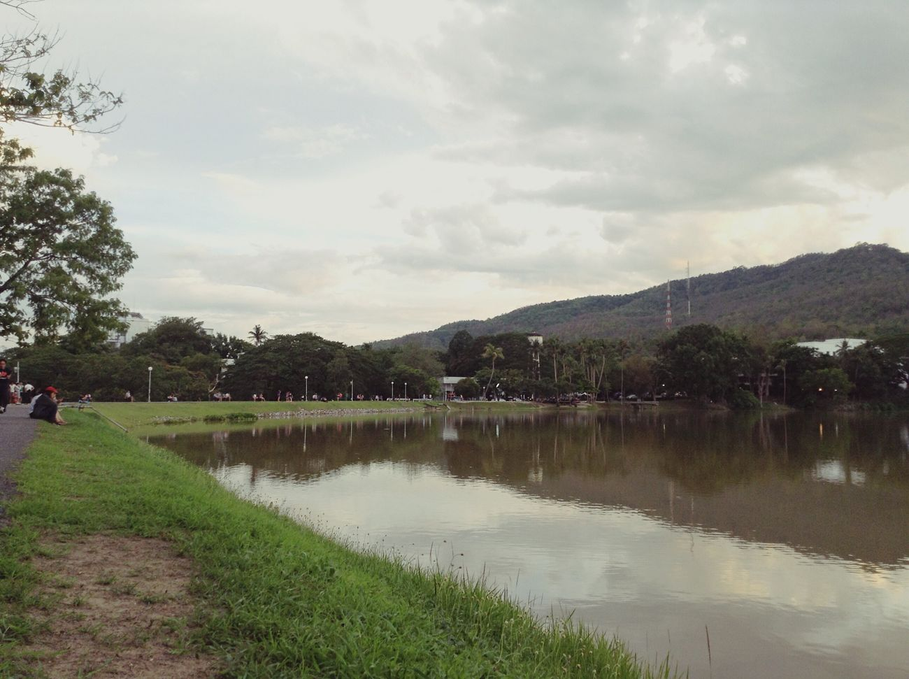 Ang keaw Relaxing CMU Lake Chiang Mai | Thailand