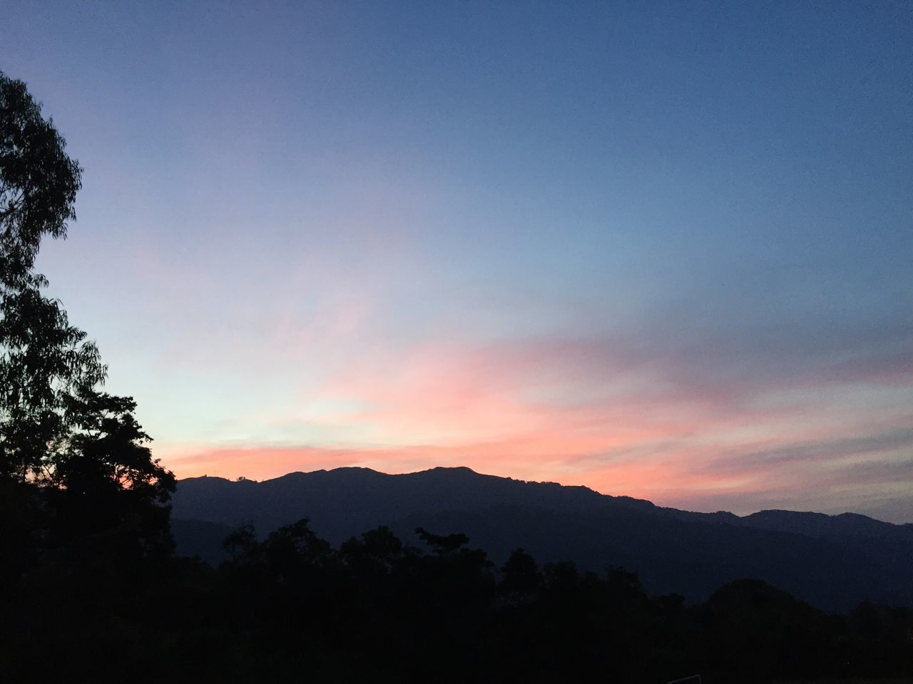 silhouette, nature, beauty in nature, tranquility, mountain, tranquil scene, scenics, sunset, tree, sky, idyllic, no people, outdoors, mountain range, day