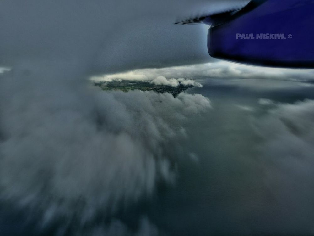 Flying High Flying Prop Plane Clouds At Work Check This Out Relaxing Hanging Out