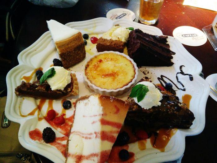 Dessert anyone? Taking Photos Mobilephoto Streamzoofamily Food