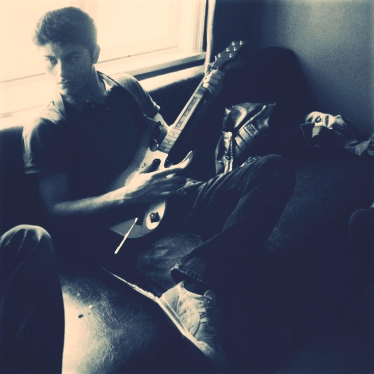Cool Playing Gitar Enjoy ✌