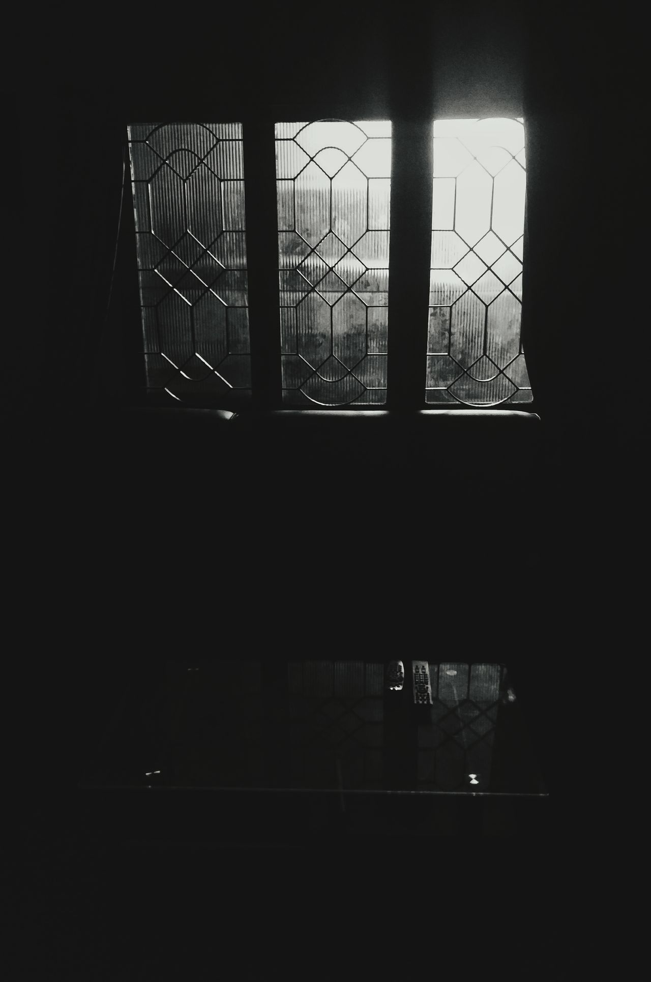 Indoors  No People Nightphotography Oneplusphotograpgy Oneplus 2 India_gram Chennai,India Black And White Black And White Collection  Eyeemphotography Eyeemindia Windows Light And Shadow Table Living Room