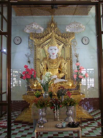 Buddha Statue in Kaung Mu Daw Pagoda Buddha Statue Buddhism Buddhist Culture Buddhist Pagoda Buddhist Temple Composition Full Frame Gold Colour Human Representation Indoor Photography Kuang Mu Daw Pagoda Mandalay Myanmar No People Pilgimage Place Of Prayer Place Of Worship Religion Through The Glass Tourism Tourist Attraction  Tourist Destination
