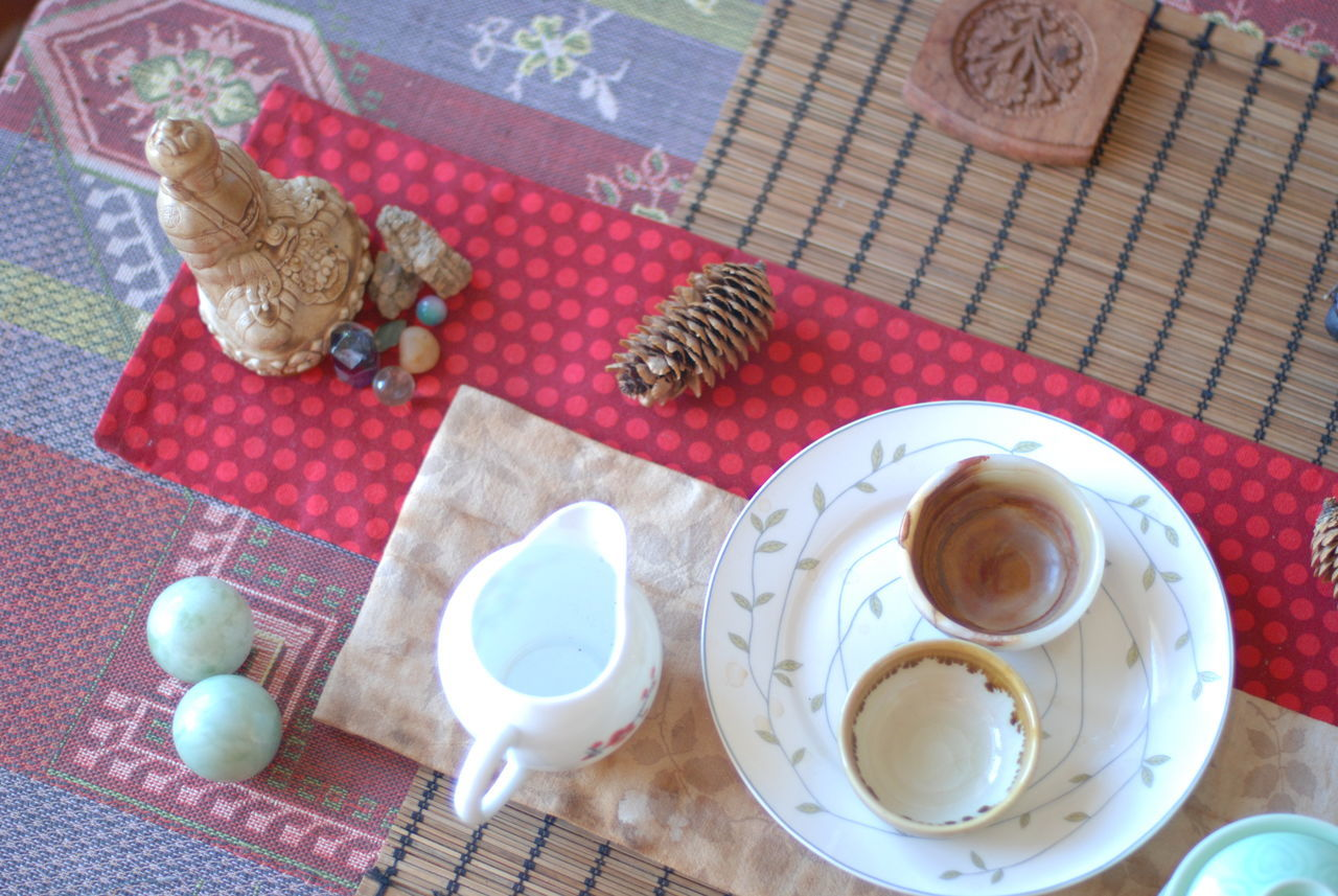 High Angle View Indoors  Plate Table No People Tablecloth Drink Day Чай чайнаяцеремония Самара Tea Break The Mold EyeEmNewHere TCPM Cut And Paste Art Is Everywhere
