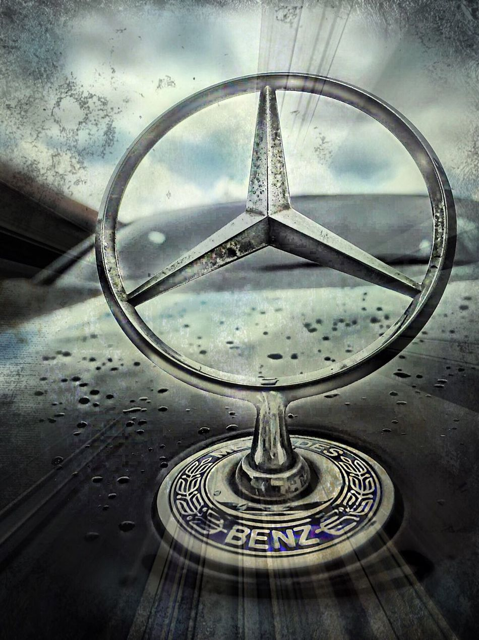 Art Is Everywhere Indoors  No People Close-up Day Water Technology Business Mercedes Benz Stars
