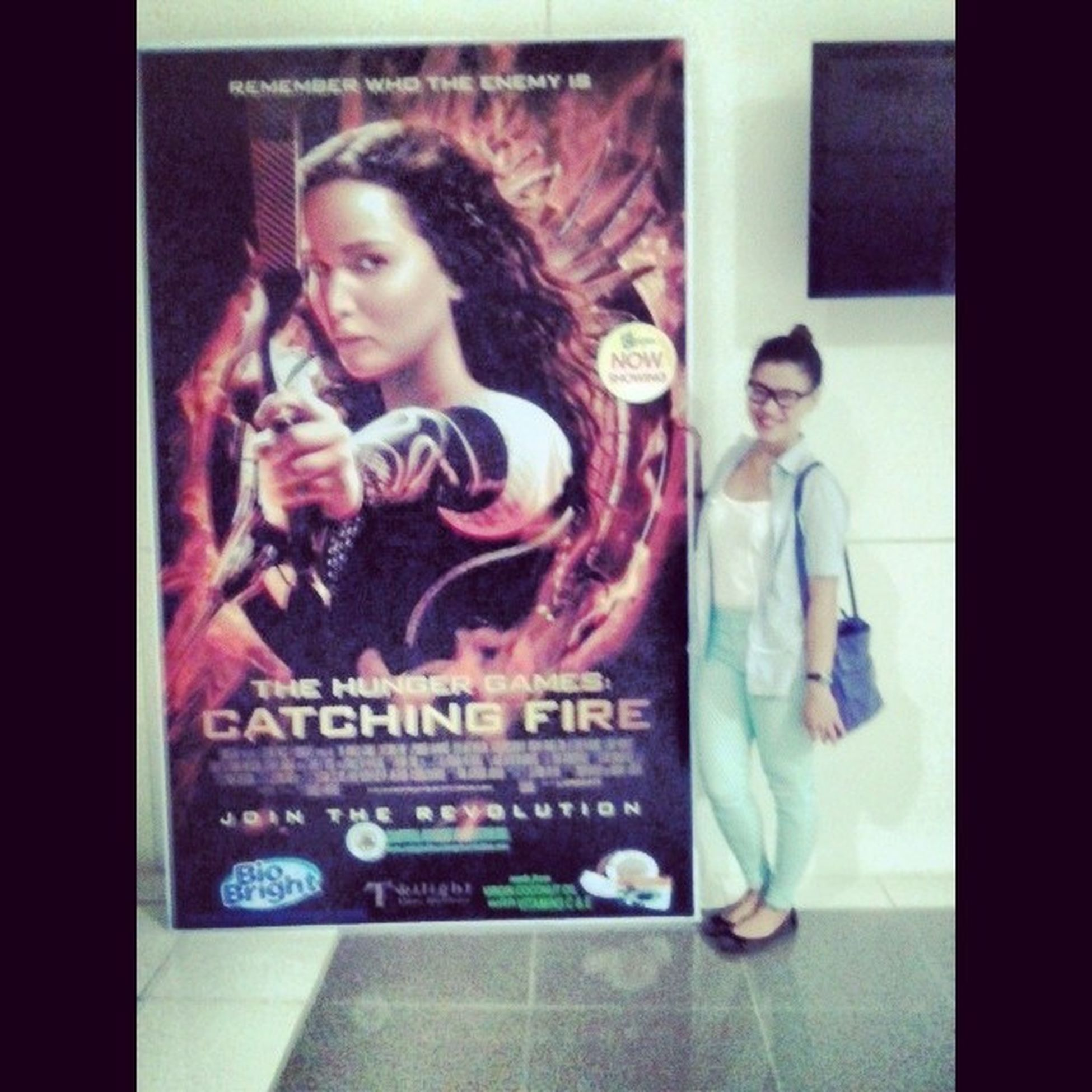 Remember who the enemy is. Girlonfire Mockingjay Rebelion Bitin movie withcousins