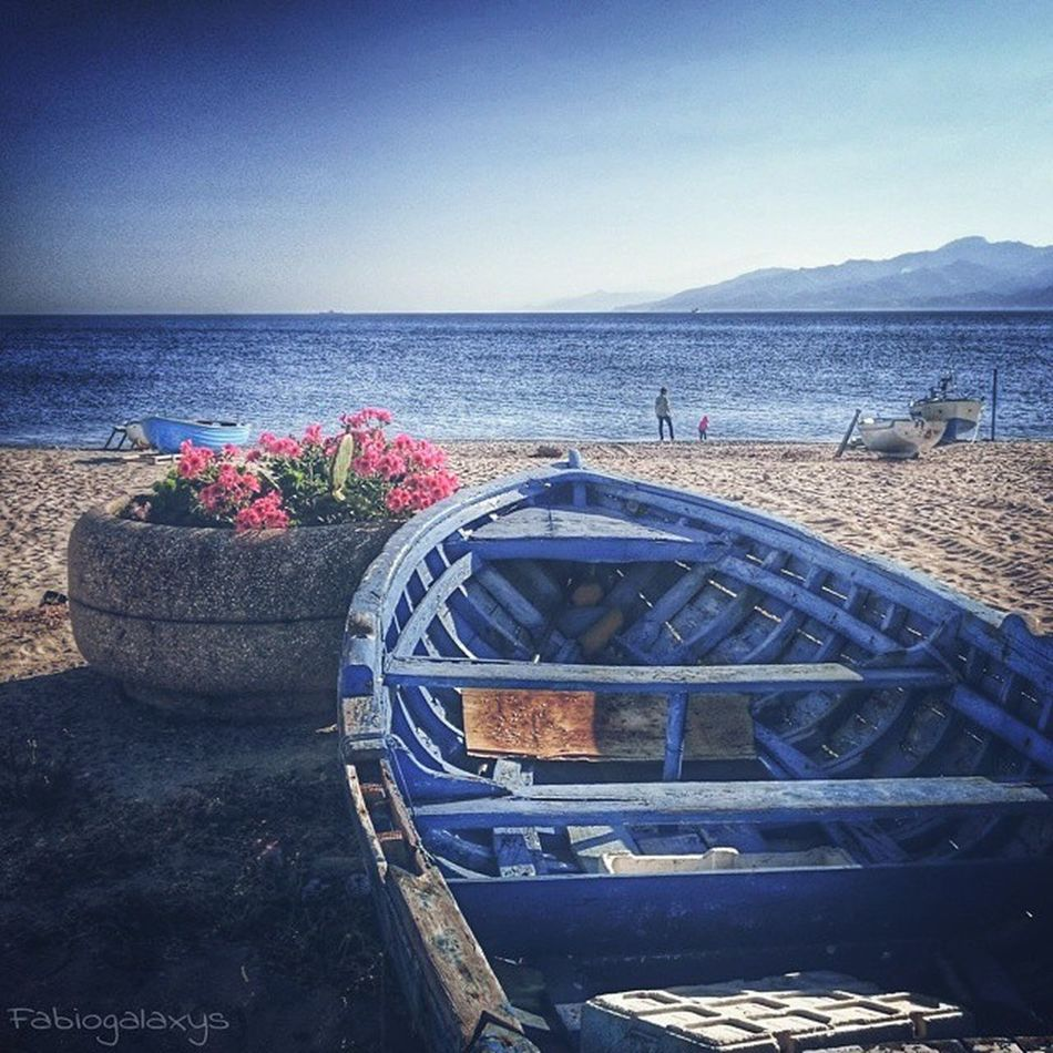 Sii di buonumore...fino alle 10 del mattino! Il resto della giornata trascorrerà da sé... 😊❤ Buongiorno!! __________________________________ ReggioCalabria Catona Ita_details Vivocalabria ig_calabria loves_Calabria_ direzione_calabria vivoitalia bestcalabriapics LOVES_ITALIA loves_village ig_costarica blue loves_mediterraneo ig_mood stars_hdr strettodimessina positive