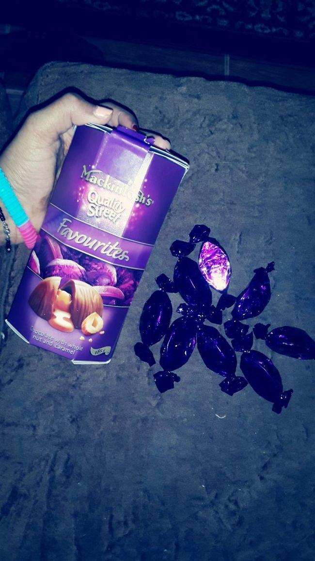 احبهااا موووت عششق وطعمهااا جناان ?.. I loooooove it it's so yummy and I adore it ?? Check This Out Yummy♡ Chocolate كواليتي ستريت