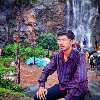 Me Water Fall Soo Heavy Rain Big Stone Greenery Mostly Foggy Weather Lonavala Pune Enjoy Sunday Enjoyment
