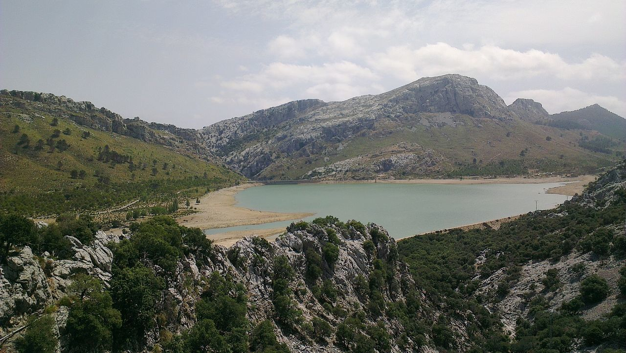 Mountain Tranquil Scene Lake Water Idyllic Mallorca Reservoir Embalse De Cuber Stausee Lake View Landscape Mountain View Mountain Range